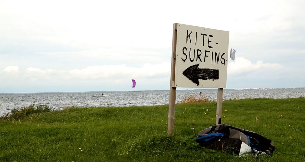 Kitesurfing beach