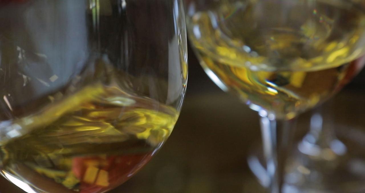 Testa de lokala vinerna i Cinque Terre